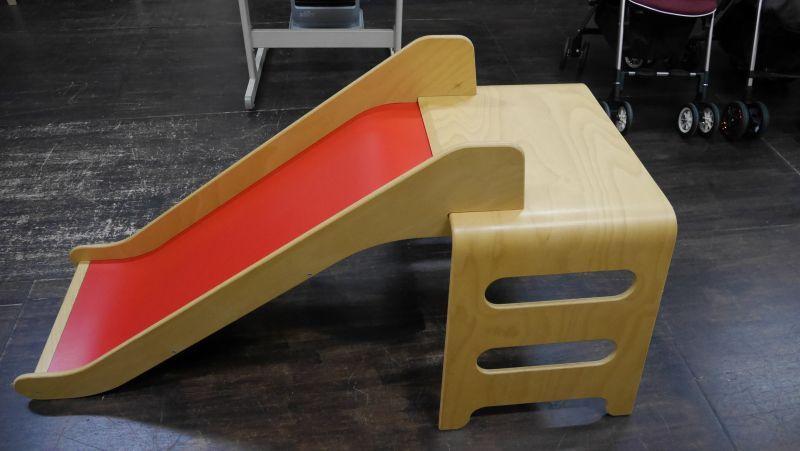 Beste ☆ IKEA VIRRE木製滑り台 廃盤商品 (激レア) おもちゃ O-1327 ZH-49
